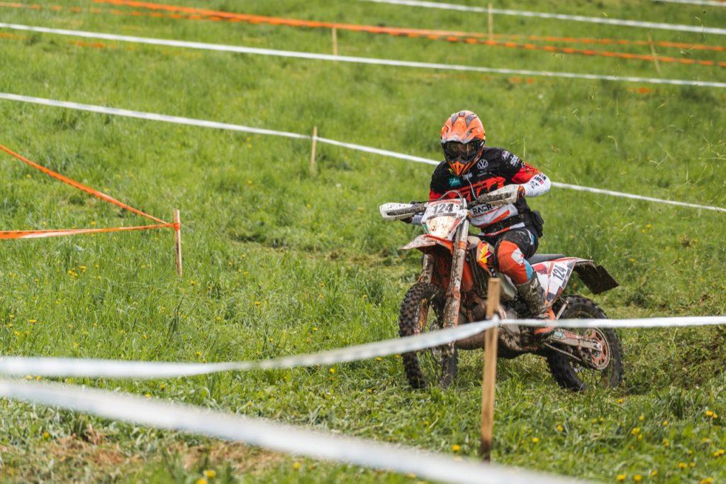 Trofeo Enduro KTM: i caschi Airoh protagonisti in gara [FOTO]