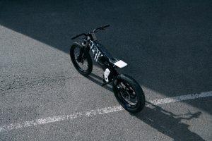 BMW Motorrad Vision AMBY: uno sguardo rivolto al design [VIDEO]