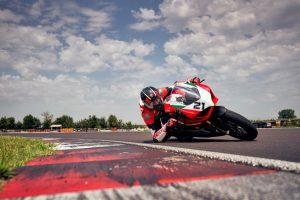 Ducati Panigale V2 Bayliss 1st Championship 20th Anniversary: la produzione è partita [FOTO]