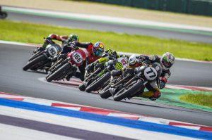 Moto Guzzi Fast Endurance European Cup: al Team Pablo il trofeo del 2021